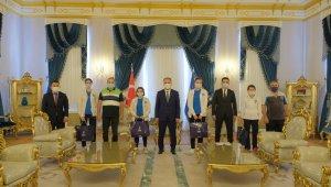 Şampiyon sporculardan Başkan Aktaş'a ziyaret