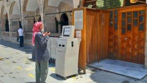 Şanlıurfa'ya gelen turistler dışarıda dua edip ayrıldı