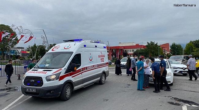 Sipariş getiren kurye otomobille çarpıştı 1 kişi yaralandı