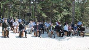 Tosya'da 15 Temmuz etkinlikleri şehitlik ziyareti ile başladı