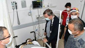Vali Aydoğdu çöken inşaatta yaralanan işçileri ziyaret etti