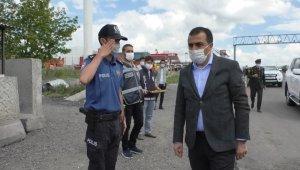 Vali Öksüz'den uygulama noktasında görevli polis ve jandarmaya ziyaret
