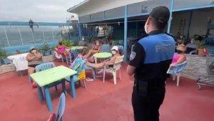 Adalar'da maske ve sosyal mesafe denetimi