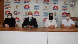 AK Parti kadın kolları başkanı Gönül Asuk oldu