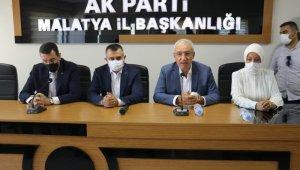 AK Parti Malatya İl Başkanlığında bayramlaşma töreni