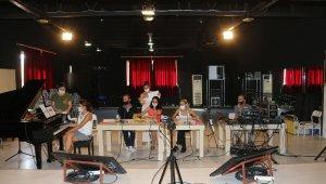 AÜ bale sınavlarını anlık dijital olarak yaptı
