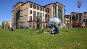 Bayburt Üniversitesinin de yer aldığı 'Üniversiteni Keşfet YÖK Sanal Fuarı 2020' başladı