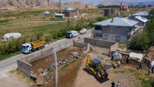 İpekyolu'nda ahır yıkımları devam ediyor