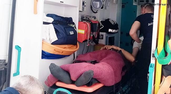 Kamyonetten düşen işçi yaralandı
