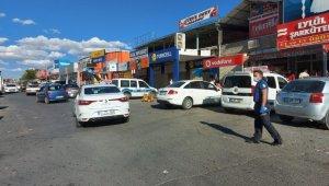 Kayseri'de bıçaklı kavga: 1'i ağır 3 yaralı