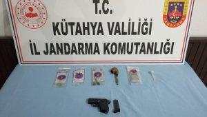 Kütahya'da uyuşturucu imal ve ticaretine 3 tutuklama
