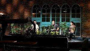 Mamak Belediyesi'nden online Santur konseri