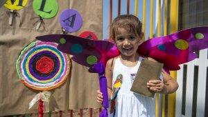 Mersin'de kreş çocuklarına bayram hediyesi