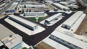 Mersin'deki mobilyacılar sitesinde asfalt çalışmaları tamamlandı