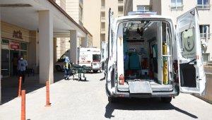 Şarampole devrilen otomobilde aynı aileden 9 kişi yaralandı