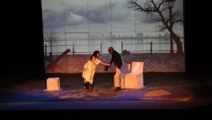 Tiyatro Sanatçısı Cenk Dost Verdi suskunluğunu 'sanat parkta' festivali ile bozdu