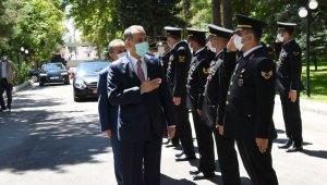 Vali Çuhadar'dan kamu kurumlarına bayram ziyareti