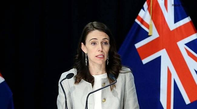 Auckland kentinde korona kısıtlamaları 12 gün daha uzatıldı