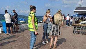 Yerli turist akınına uğrayan Akçakoca'da ilçe Emniyeti kontrollerini sıkılaştırdı