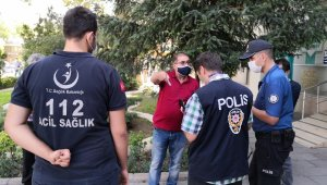 Aksaray'da karantinayı delen vatandaşlar sokaktan toplanıyor