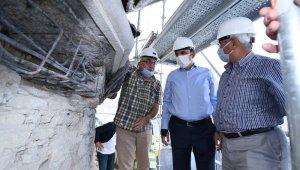 Başkan Altay Kubbe-i Hadra'daki restorasyon çalışmalarını inceledi