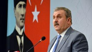 BBP Genel Başkanı Destici, partisinin 12'nci Olağan Kongresi'nde konuştu