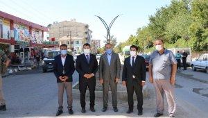 Erciş Belediyesi Kışla Caddesi'ni dekoratif direklerle aydınlatacak