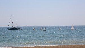 Erdemli Belediyesi Yelken Kulübü, yelkenlerini açtı