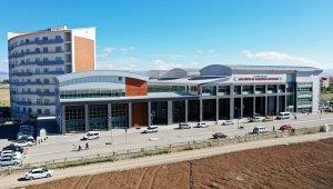 İbrahim Çeçen Üniversitesi Eğitim ve Araştırma Hastanesi'nde 2 doktor hasta kabulüne başladı