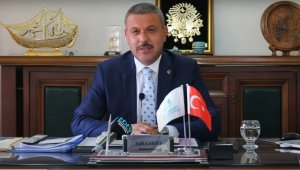 Korona virüsü yenen Belediye Başkanı görevine başladı
