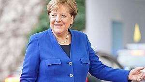 Merkel siyaseti bırakmaya hazırlanıyor
