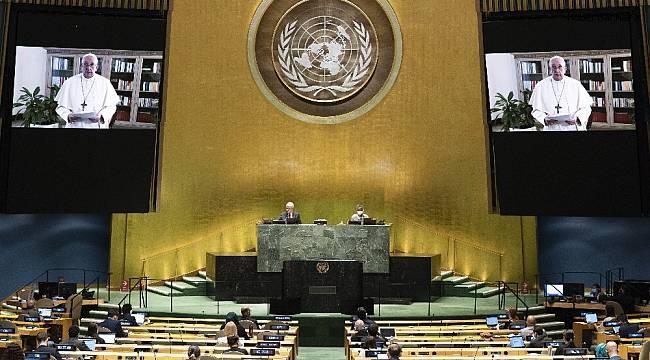 """Papa: """"Pandemi, kaynakların adaletsiz dağıtımının değişmesi için bir fırsat"""""""