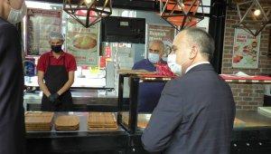 Ümraniye'de pazar ve işyerlerinde korona denetimleri sürüyor