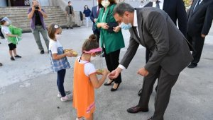 Vali Hasan Şıldak'tan okul ziyareti