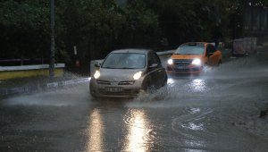 Zonguldak'ta şiddetli yağmur etkili oldu