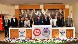 Çiğli Belediyesinin kadrolu işçileri için mutlu son