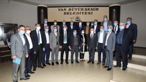 İçişleri Bakan Yardımcısı Erdil, Van'daki çalışmalarla ilgili bilgi aldı