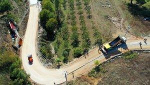 Karamürsel'de 4 köyü birbirine bağlayan yolda çalışmalar sürüyor