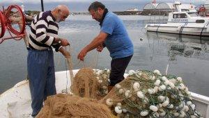 Kıyı balıkçıları, balık çeşitlerinin yok olmasından şikayetçi
