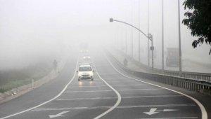 Kocaeli'de sabah saatlerinde yoğun sis etkili oldu