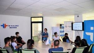 Mersin İşkur'dan öğrencilere meslek seçimine destek semineri