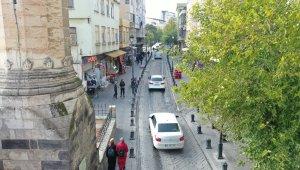 Büyükşehir'den Hamdi Kutlar Caddesi'nde onarım çalışması başlatıyor