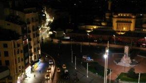 Kısıtlamayla birlikte İstiklal Caddesi boş kaldı