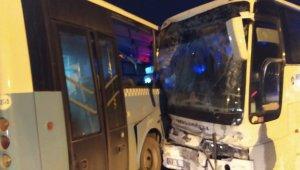 Kütahya'da otobüsler çarpıştı: 10 yaralı