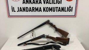 Ankara'da jandarma bir kişiyi 4 adet ruhsatsız silahla yakaladı