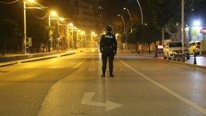 Antalya kısıtlamayla birlikte sessizliğe büründü