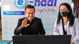 Başkan Yazıcı'dan işaret dili ile engelliler günü mesajı