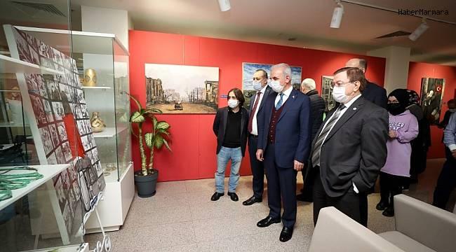 Dünya Göçmenler Günü'nde resim sergisi açıldı