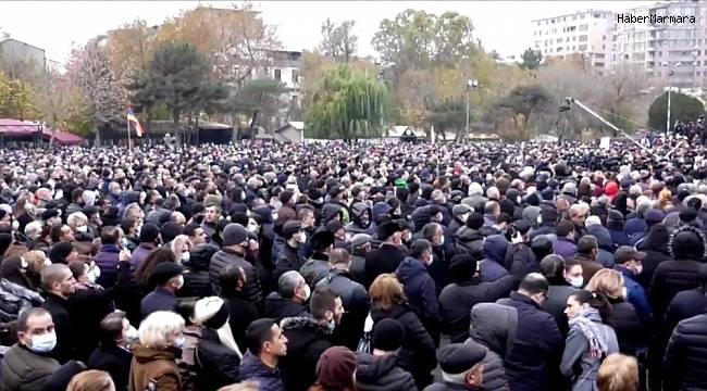 Ermenistan muhalefeti Paşinyan'a 3 gün süre tanıdı