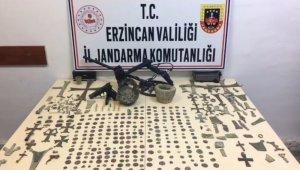 Erzincan'da Roma ve Bizans dönemine ait 351 adet sikke ile 166 adet tarihi obje ele geçirildi